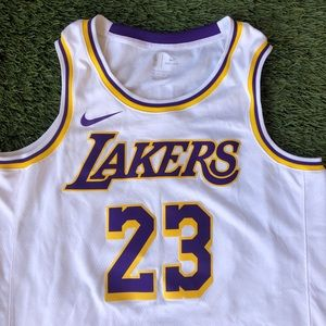 Authentic Nike LeBron James #23 Swingman Jersey 48
